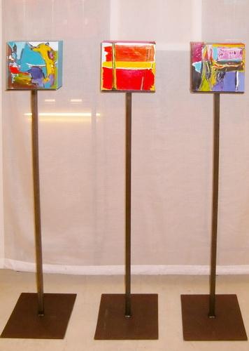 Nr. 771 Go for Gold 3x20x20x7,5 cm auf Metallständer ca. 110 cm hoch